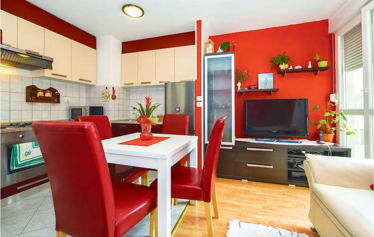 Holiday apartment with 1 bedroom on 35m² in Split
