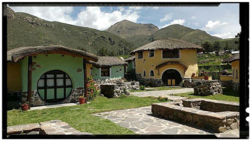Casa Hospedaje AYNI ANNA WASI. Colca-Coporaque