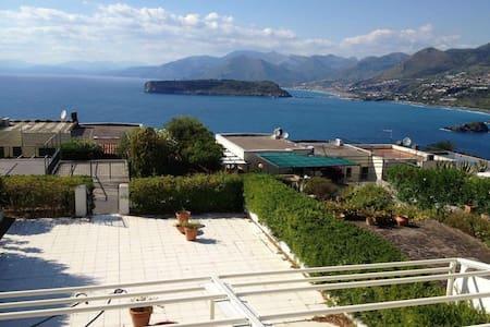 Villetta vista mare baia azzurra - San Nicola Arcella - 別荘