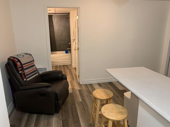 Beau logement renové et tranquille