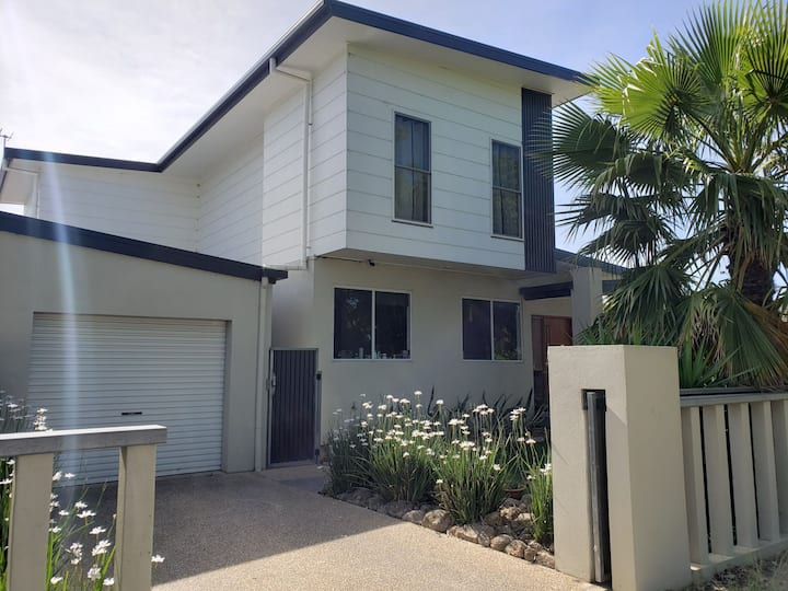 Beautiful modern property in central Albury.