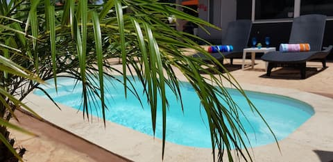 Cattoo Suite. 1 bdrm apt. with a pvt plunge pool.