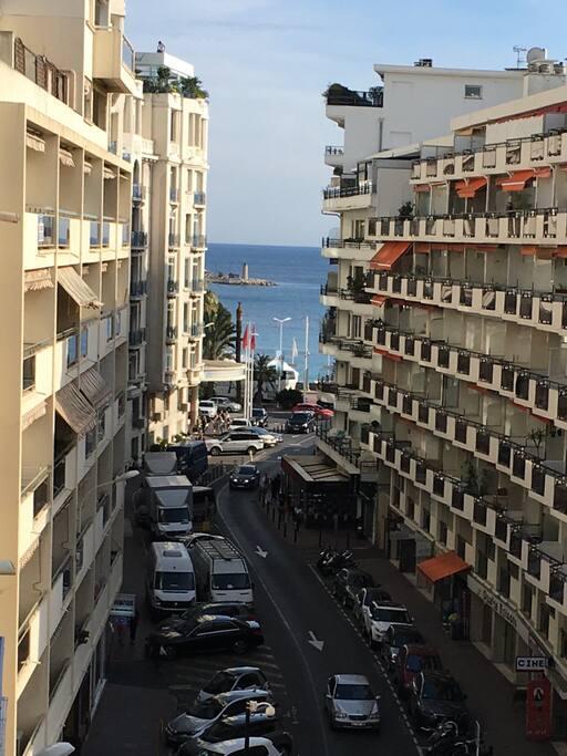 Bel aperçu mer - Cannes Croisette