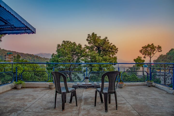 5 Bedrooms  | Private Terrace I Bonfire I Kasauli