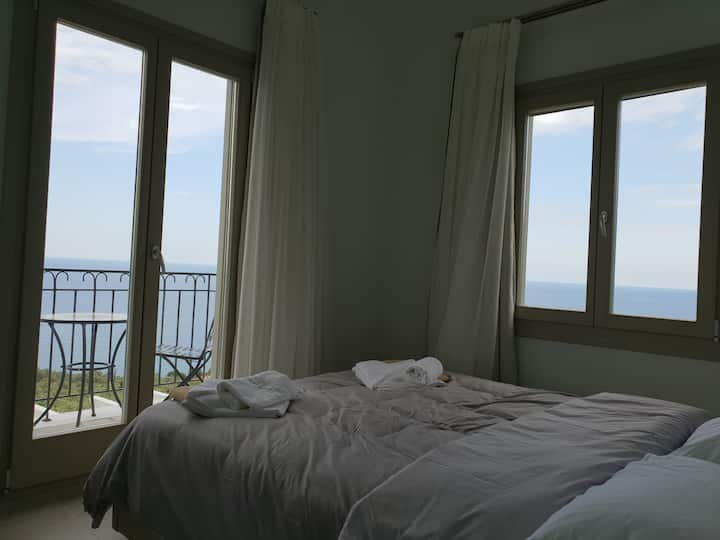 Moses Villa: Almond apartment with amazing view