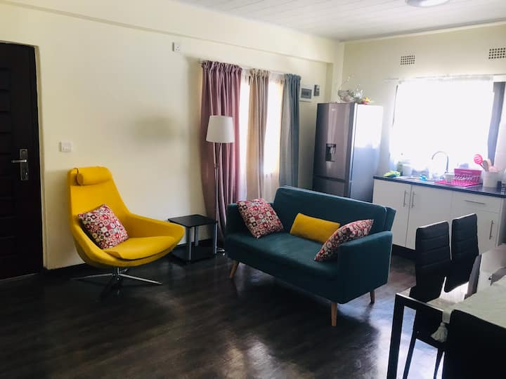 Spacious 1 Bedroom in Louiee Ville Apartment -Ibex