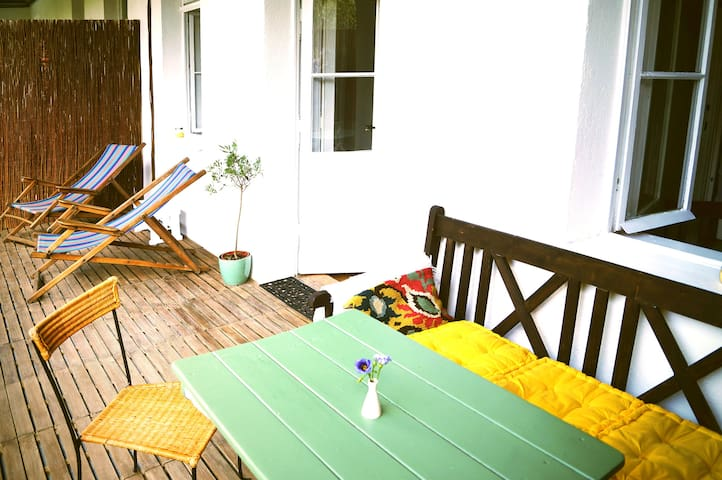 Charming flat with balcony near Schönbrunn - Wien - Apartment