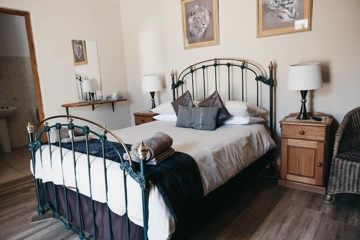 Karoo Ouberg Guest Lodge - Garden Double room
