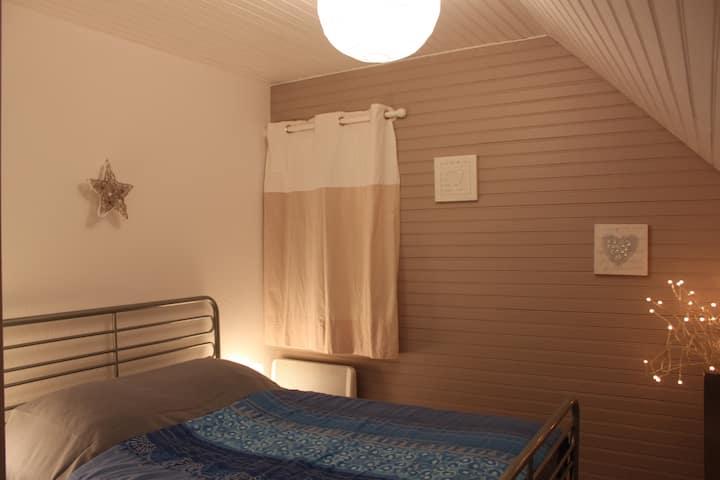 Appartement tout confort cité médiévale de Besse