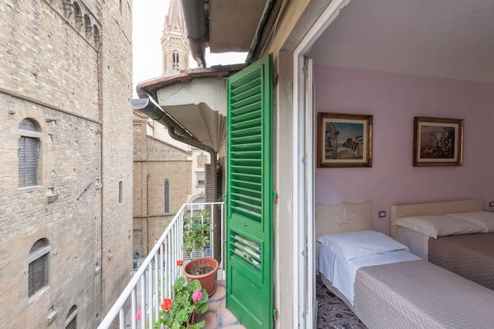 Room with view in the heart of Florence