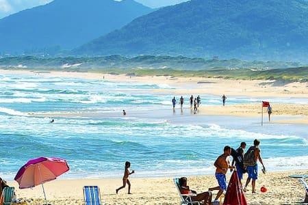 Pousada Beco dos Surfistas 3 - Florianópolis