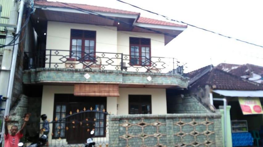 A huge house in Singaraja