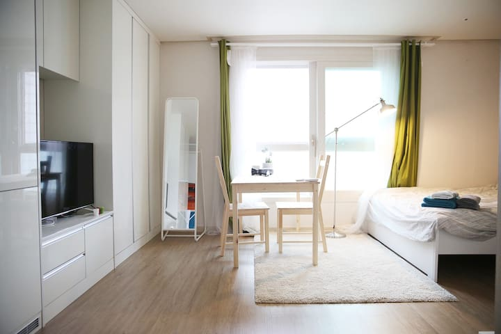 Viator's Minimal Hotel OT#1104, Beautiful View! - Gangseo-gu - Apartment