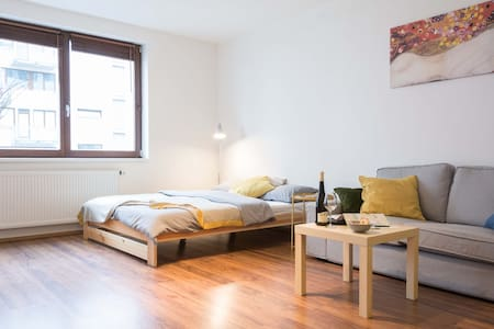 Stylish apartment in the city center! - Prague - Apartment