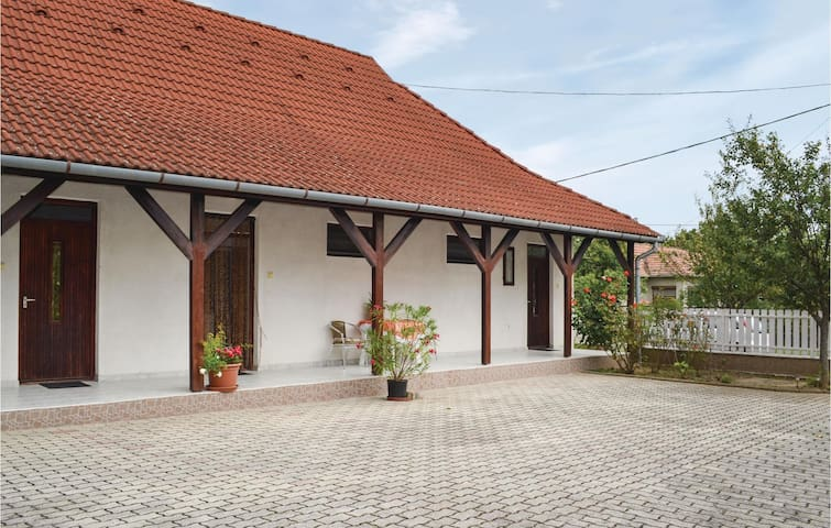 Holiday apartment with 1 bedroom on 32m² in Zalavár