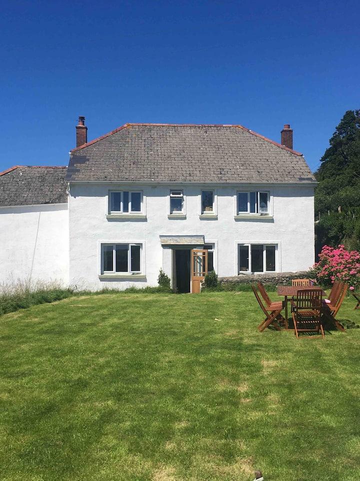 Exmoor and beach farmhouse