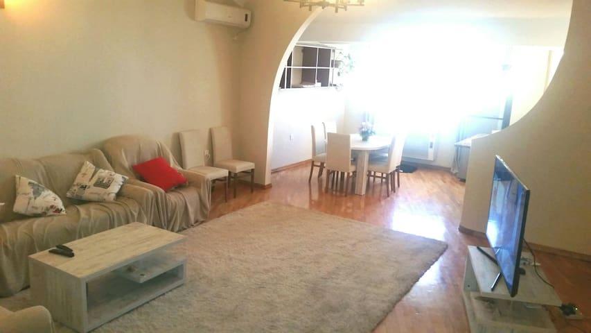 Beautiful Apartment  Near Metro Vazha-Pshavela