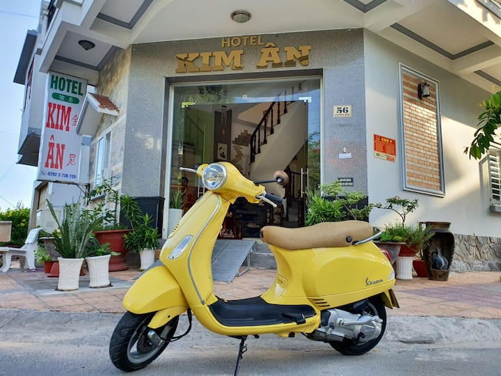 Budget hotel city Ninh Kieu. Great quiet location