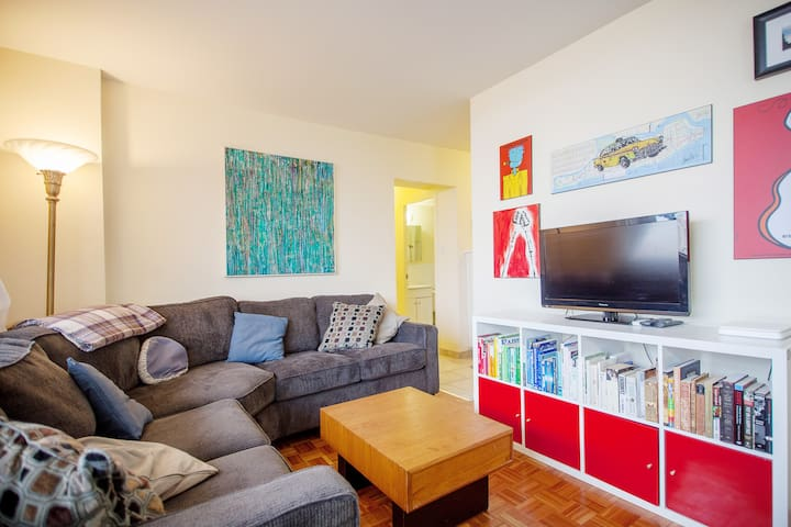 Sunny Annex 2 Bdrm With Great View Apartments For Rent In Toronto Ontario Canada