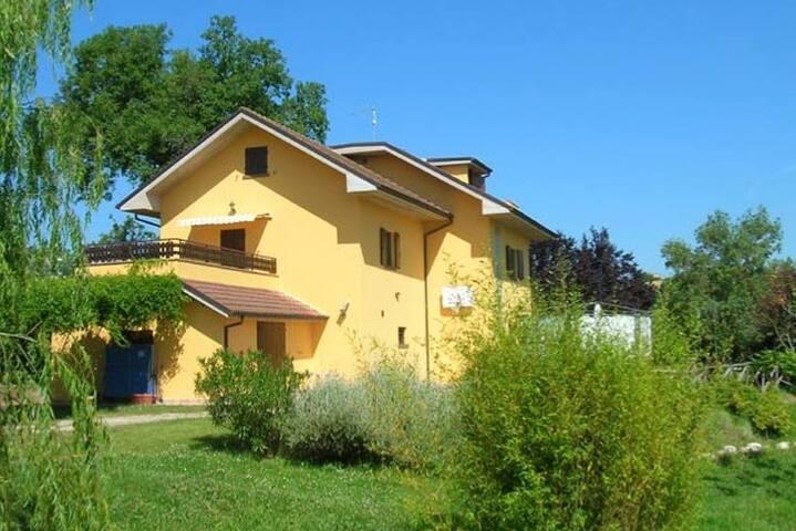 Villa dei Calanchi