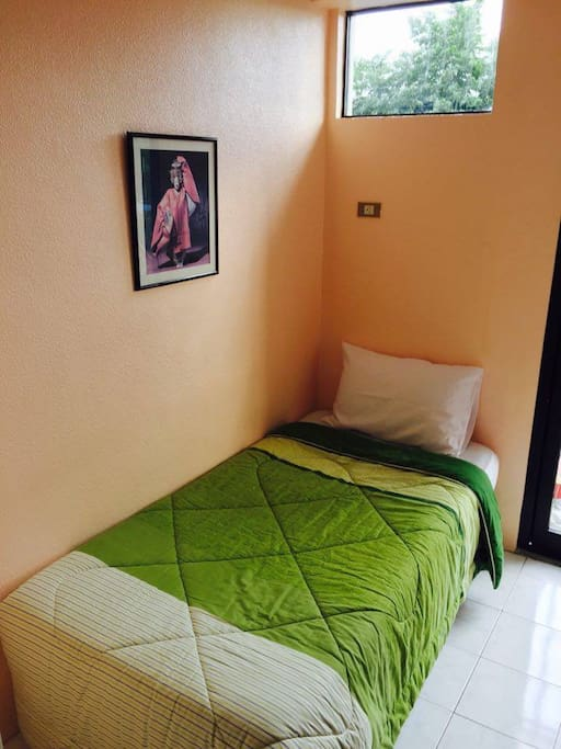 2nd bedroom (Single Bed)