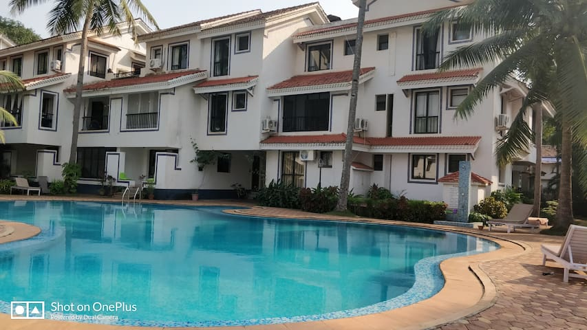 Awesome 1BHK Apartment Nr Baga : Riviera Residency
