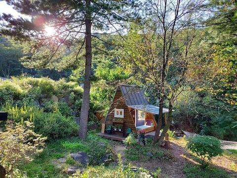 힐링과 방갈로, 개울이 있는 자연의 집  - 양평 4계절
