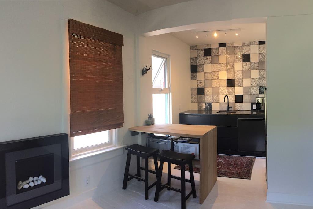 view to open kitchen