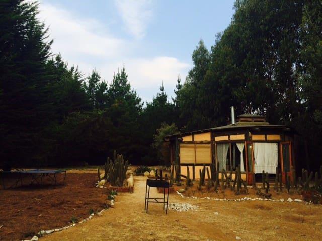 El Tebito Lodge. Beach & Forest. Glamping - Puchuncavi - Rumah tumpangan alam semula jadi