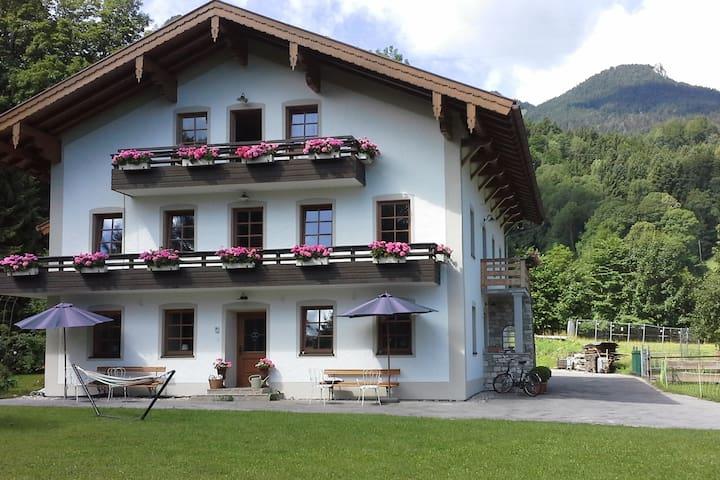 Ferienwohnungen am Märchenpark - Bergblick