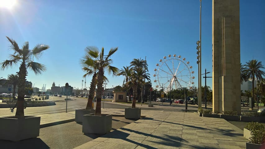 Port, Beach, Art and Science City 5 mins + WiFi - València - Lejlighed