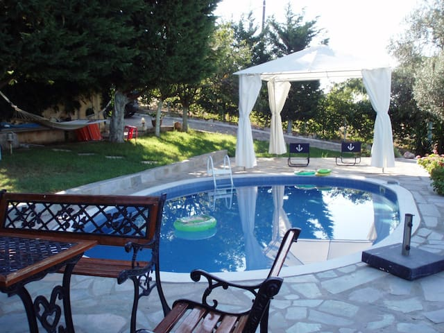 Villa Heaven's Knights with stunning sea views. - Eretria - Villa