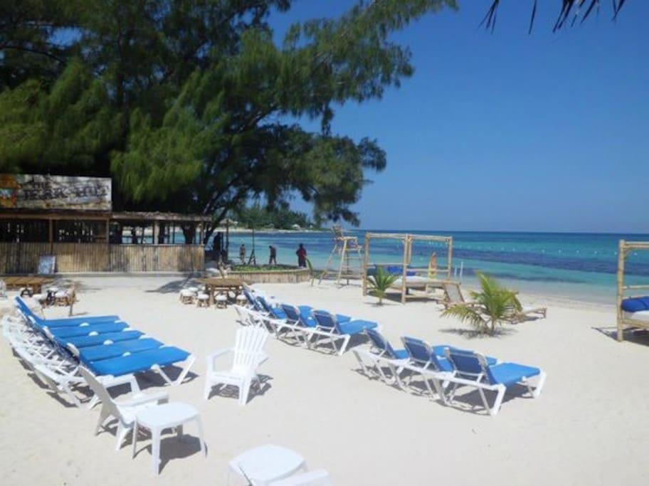 Bamboo Blu Beach: 11 mins, 6.3km