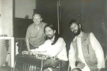 Pete Drake Steel Guitar player who played on Harrison's All Things Must Pass album is your host's father.  Pete in studio with George & Ringo.