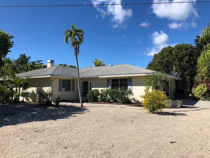 Limpet Home (Shell Harbor Subdivision)