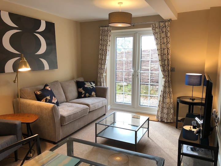 Wychstone 1-bedroom luxury apartment in Breedon