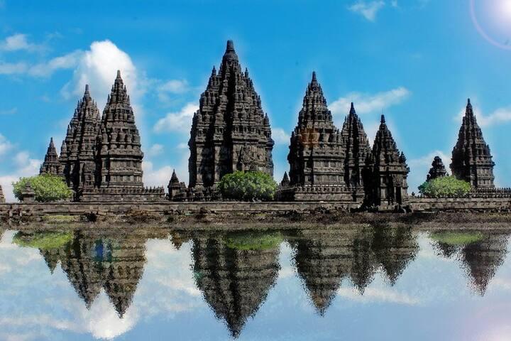 10 minute from Brahma Pranbanan Temple