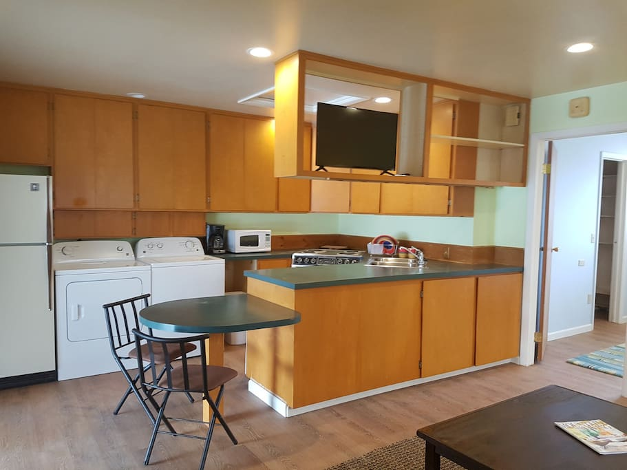 Full Kitchen With Washer/Dryer/Dishwasher/Frig