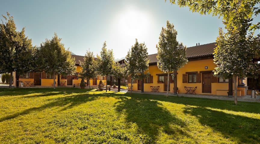 La Estibialla. Apartamentos de Turismo Rural Campo - Campo - House