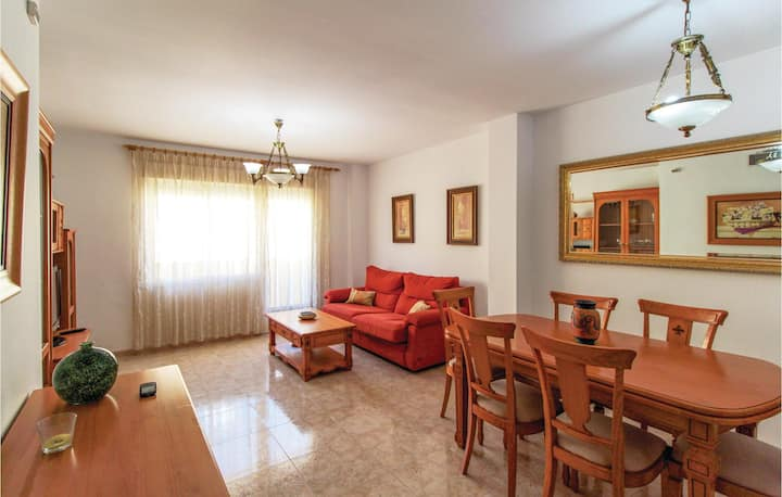 Stunning home in Estepona with 2 Bedrooms and WiFi