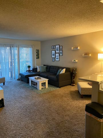 2 Bedroom/2 Bathroom Apartment in Mission Valley