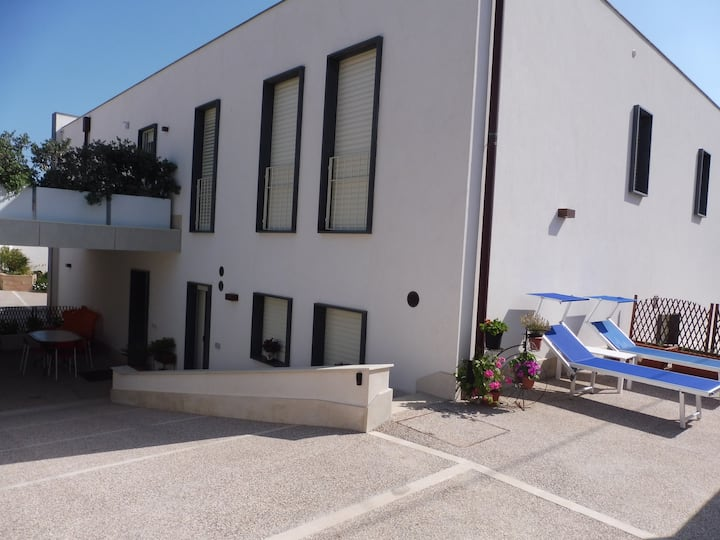 Maiolica Guest House-a studio with all comforts