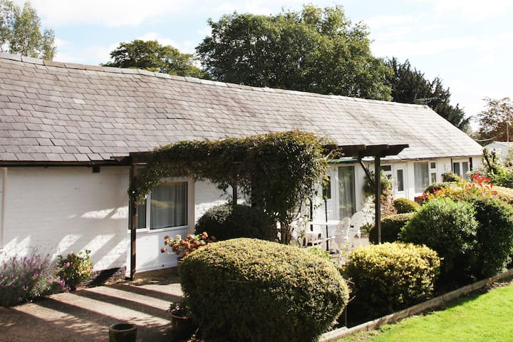2 bed Cottage at  Sheephouse Manor