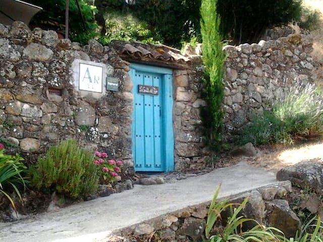 la casita del tejo - Hervás