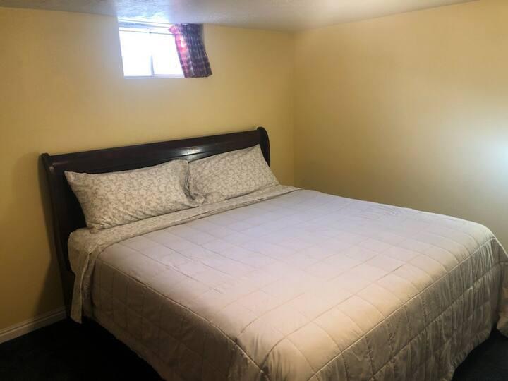 North Orem King Bed