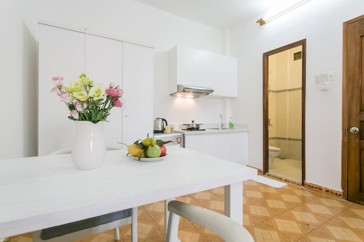 NEW! Sunny Studio ♡  Relax Window - Ho Chi Minh City - Apartment