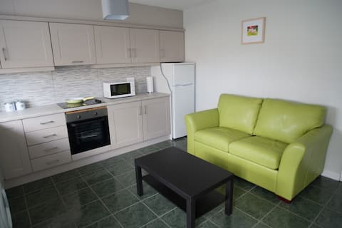 (City Centre) Stylish One Bedroom Apartment