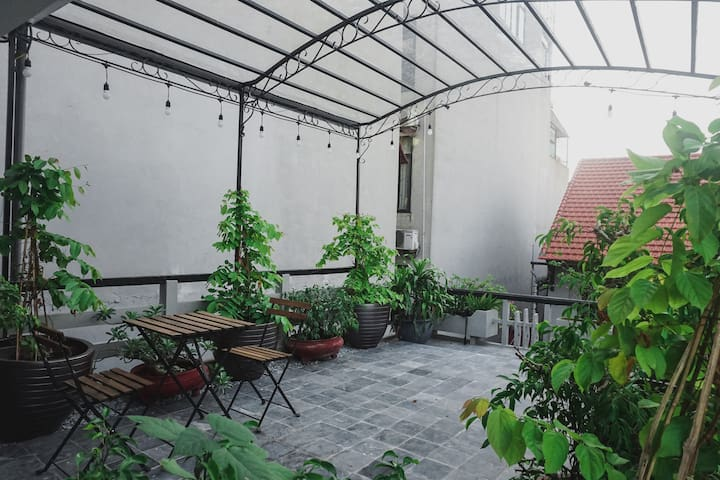 Double room with Garden view in centre Old Quarter - Hanoi - Vila