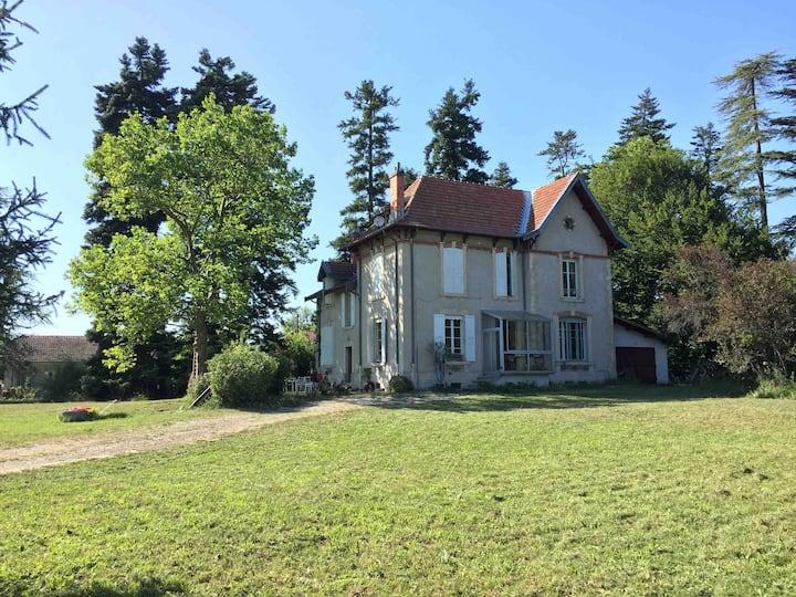 Maison de maitre de 200m2 à deux pas de la Drôme