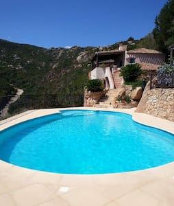 villa con piscina privata e idromassaggio - Arzachena